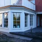 Jalousiekasten an Holzfassade